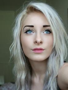 Jeune nana blonde veut une rapide rencontre avec un homme de Marseille